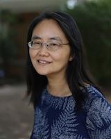 Portrait image of Su Fang Ng outdoors