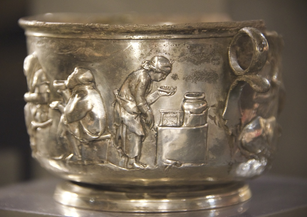 Image of Silver cup from Casa del Menandro in Pompeii