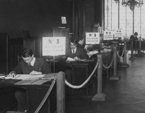Passport application desks at the Polish consulate in Paris, 1927
